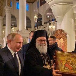 بوتين يقدم هديتين:قرأن للجامع الأموي وأيقونة السيدة العذراء للكنيسة المريمية في دمشق