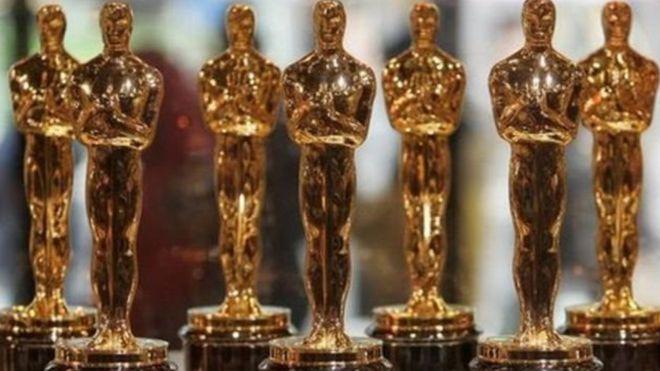 في ليلتة:ما هي الأفلام المرشحة لجائزة أفضل فيلم أجنبي؟ومن هو أوسكار الذي تحمل الجائزة الشهيرة اسمه؟