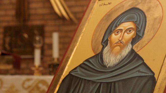 من هو القديس مار مارون الذي يعطّل لبنان من أجله؟