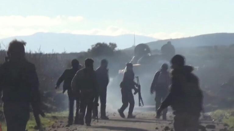 المعارضة السورية تنتقد الإمارات ,أوامر بإنهاء الاحتفاظ والاستدعاء في الجيش السوري