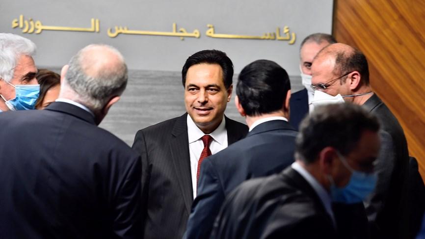 لبنان:رئيس الحكومة حسان دياب يعلن إعادة فتح البلد واجتهادات خنافس المال