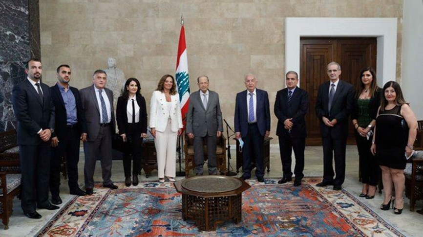 "لبنان:"" رسملة الحريري"""