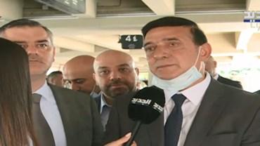 لبنان:فُتح المطار فكان الدولارُ أولَ المحلّقين
