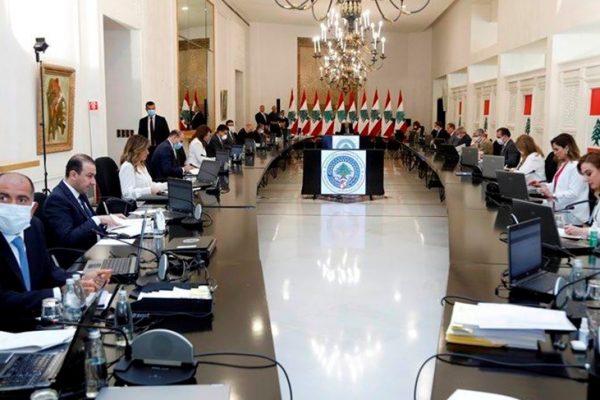 لبنان:النفايات ضيفة شرف وتريث في بت استقالة بيفاني وتعيين الخفراء الجمركيين