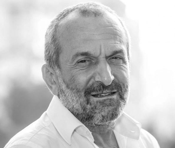 """حازم الأمين :الحدود اللبنانية- الإسرائيلية: باسيل و""""الحزب"""" يتنافسان لتفادي العقوبات"""