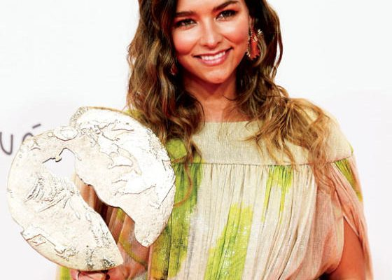 الممثلة جوانا آرياس حصلت على جائزة أفضل فيلم