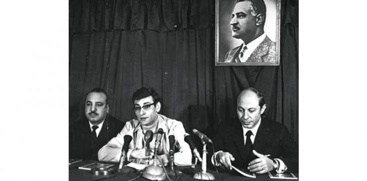 صورة شاعر... ذكرى قضية :محمود درويش في مصر