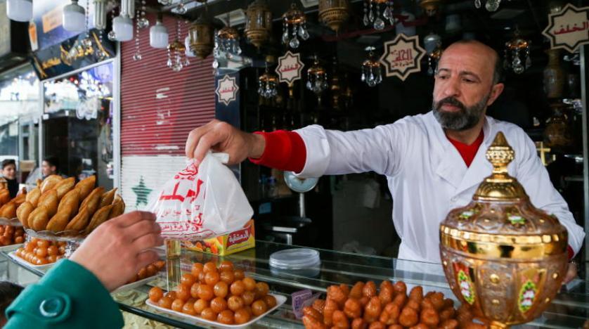سوريا: الضائقة الاقتصادية تطال حلويات رمضان