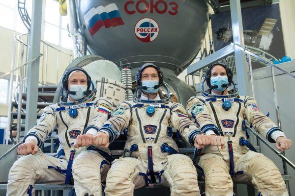 تجربة جديدة لإيلون ماسك.. شركته ترسل بالتعاون مع ناسا 4 رواد إلى محطة الفضاء الدولية