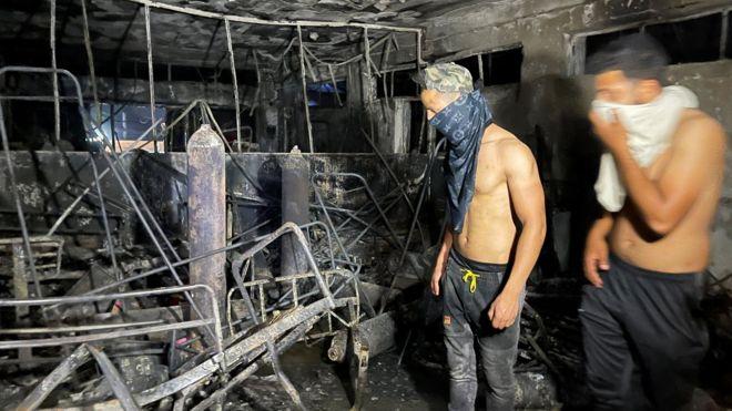 """صحف:اندلاع حريق بمستشفى لمرضى كوفيد في العراق والحوثيون """"يقتربون"""" من مدينة مأرب، و350 ألف إصابة جديدة بكورونا في الهند"""