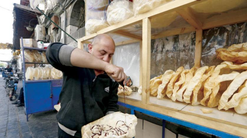 «الناعم» حلوى رمضانية تحافظ على شعبيتها في دمشق