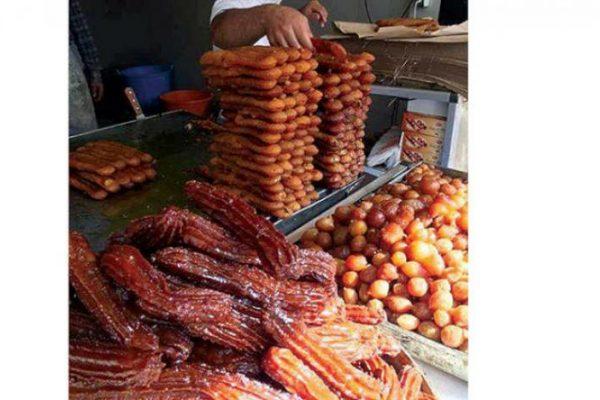 «زلابية بوفاريك»… عروس الحلوى في رمضان زرياب نقلها مع المقامات من الشرق
