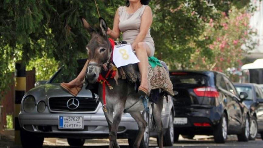 """لبنان:أزمتُكم صناعةٌ وطنية ..فلا ترموها على الخارجِ والنازحين وأسعار الحمير والبغال.. """"الشي التاني"""" صعب المنال!"""