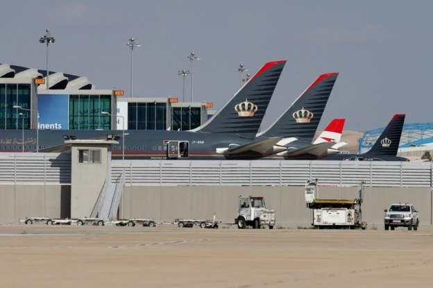 صحف:فرنسا تشدد شروط منح التأشيرات لمواطني المغرب والجزائر وتونس، وعودة الرحلات الجوية بين الأردن وسوريا