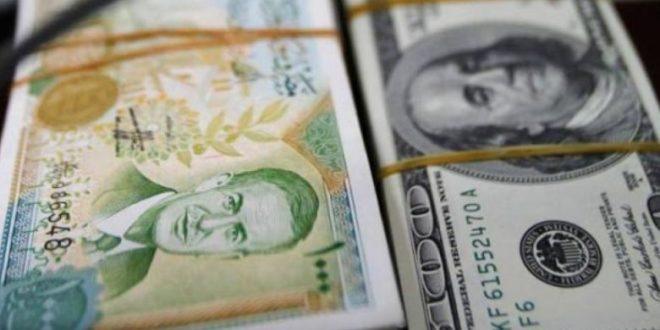أسعار العملات أمام الليرة السورية,طوابير تحت الأمطار ينتظرون ليلاً حتى الصباح للحصول على جرة غاز