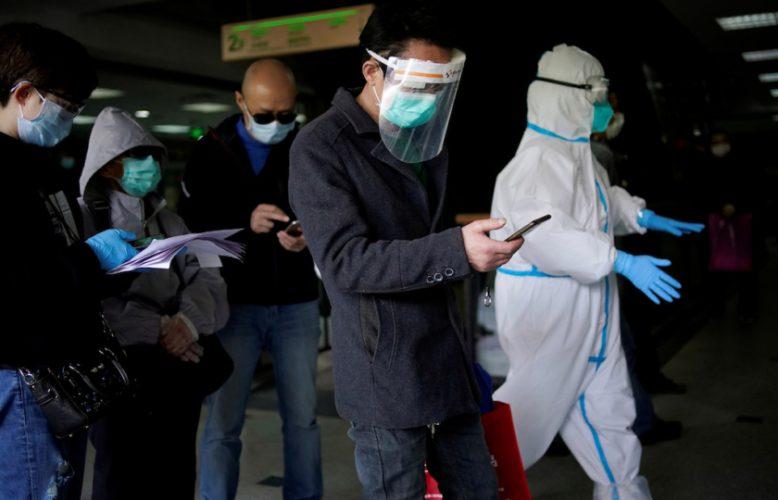 صحف واقتصاد اليوم فيروس كورونا: ترامب يُشدد:الفيروس من مختبر صيني مناقضا أجهزة مخابراته وخبراء أوبئة يتوقعون استمرا ره لعامين آخرين،ويصيب 70من السكان