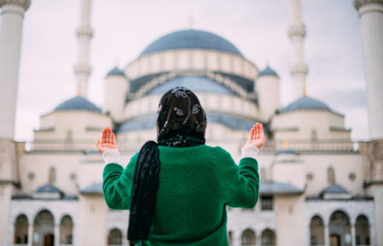 وصايا:عيد فطر سعيد ومبارك أعاده الله على الجميع بالخير والسعادة رغم صعوبة تحقيق هذه الأمنية