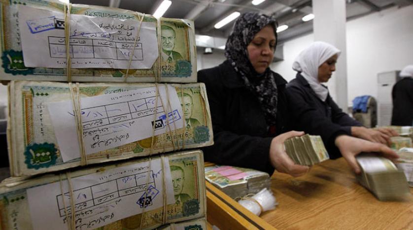 تحسن غامض في قيمة الليرة السورية قبيل دخول «قيصر» حيّز التنفيذ وماهر الأسد لم يرضخ لضغوط روسية بسحب حواجز فرقتة