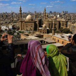 صحف اليوم:آذان مبكر في مصر: 4 دقائق تتسبب في فتوى، واعتذار رسمي وافطار الصائمين، والداخلية العراقية تقر بمسؤوليتها عن مقتل محتجين