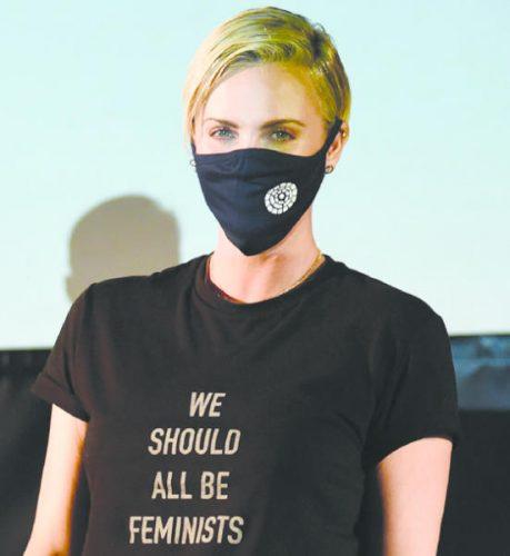 النجمة تشارليز ثيرون حضرت عرض فيلم «ماد ماكس: فيوري روود»