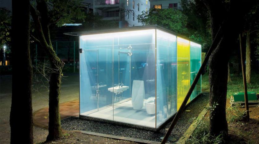 دورات مياه شفافة في متنزهات طوكيو