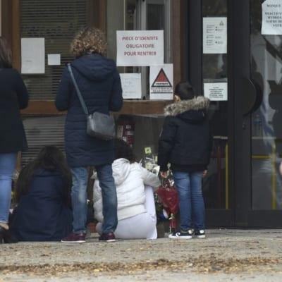 خالد منصور-جريمة قتل الأستاذ الفرنسي : هل من نقاش عاقل حول الإسلام والغرب؟