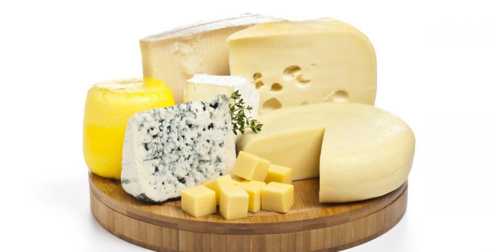 للجبن أنواع كثيرة بحسب قوامها وطريقة تحضيرها وعمرها ونوع الحليب:عائلات الجبن الثماني