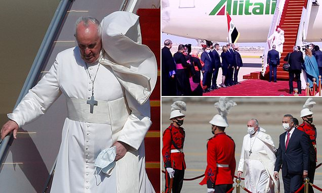 البابا السعيد يصل إلى العراق متحديا المخاوف الأمنية لتعزية أكثر الطوائف المسيحية اضطهاداً في العالم