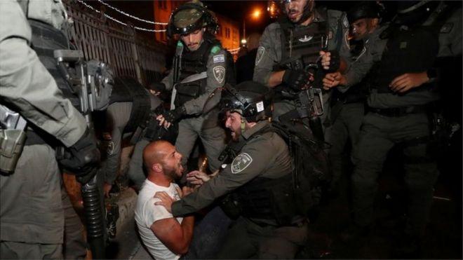 صحف اليوم:إسرائيل ارتكبت جريمتي الاضطهاد والفصل العنصري ومشاهد مروعة ترصد المأساة في العراق ووفاة ملاكم أردني متأثرا بإصابة  في نزال ببولندا