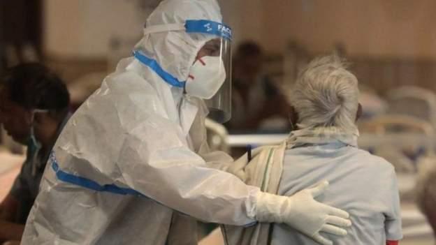 صحف اليوم:دلهي تستعين بالجيش في مواجهة كورونا، وحصيلة الوفيات بالفيروس بين أطباء مصر ترتفع إلى 500 وأول مئة يوم من رئاسة بايدن الأمريكي
