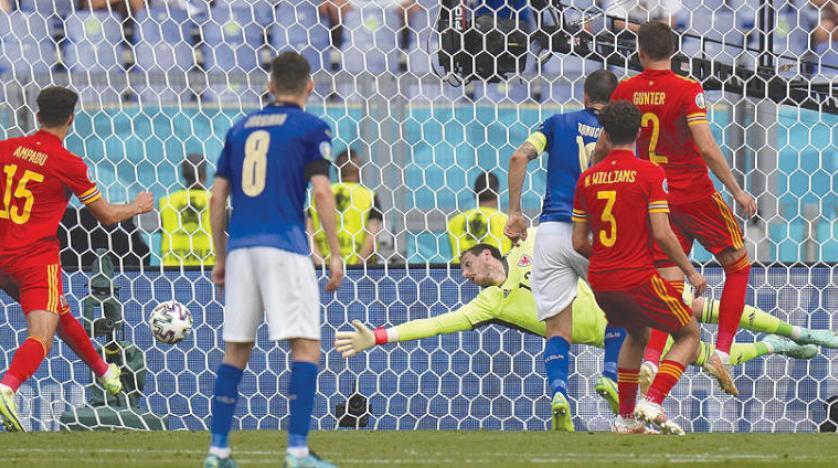 ويلز تخسر أمام إيطاليا وترافقها إلى ثمن النهائي وسويسرا تنتظر أوكرانيا والنمسا وفنلندا لتأهل تاريخي... وهولندا وبلجيكا لتأكيد صدارتهما