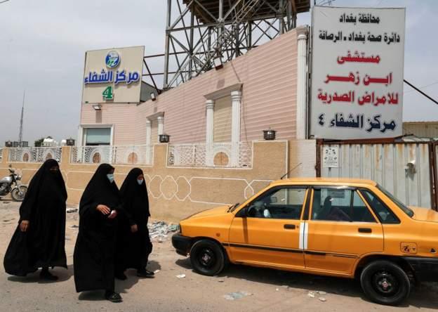 """صحف:كورونا: العراق يشهد موجة ثالثة من الوباء قد تكون الأخطر و""""كارثة إنسانية"""" في شمال غربي سوريا"""