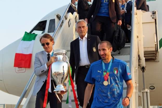 إيطاليا «الواثقة» تستحق التتويج بجدارة... وإنجلترا «المرتعشة» تضيّع فرصتها التاريخية