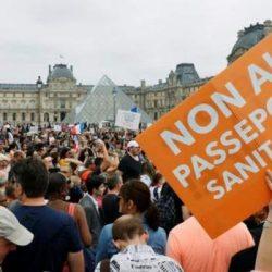 فرنسا تفرض قيودا جديدة للحد من تفشي الوباء
