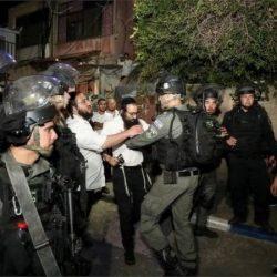 قوات الأمن الإسرائيلية متواطئة مع هجمات المستوطنين-والشكوك العامة حول فعالية لقاحي سينوفاك وسينوفارم وتحذيرات من ألاولمبياد