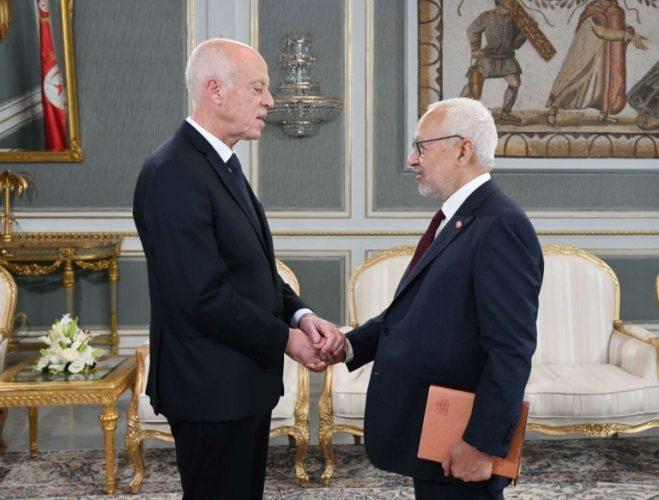 احدث الاخبار ومنها :ما هو مستقبل تونس؟أطراف الخلاف في الشرق الأوسط إلى التهدئة بدلاً من التصعيد؟ كلمة السر: أمريكا وغيرها